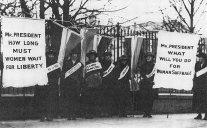 Alice Paul and Lucy Burns picketing the White House with others for the National Woman's Party. (Courtesy, Library of Congress)